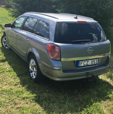 Opel Astra H-4