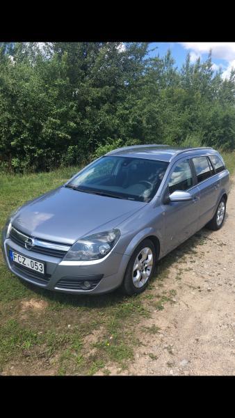 Opel Astra H-6