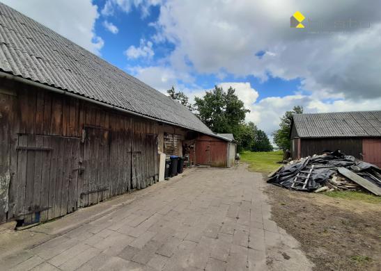 Plungės r. sav., Stanelių k., mūrinis namas-1