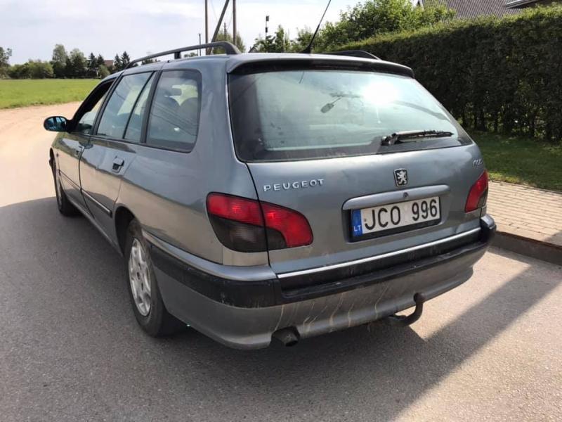 Peugeot 406 2.2 98kw 2003m.-6
