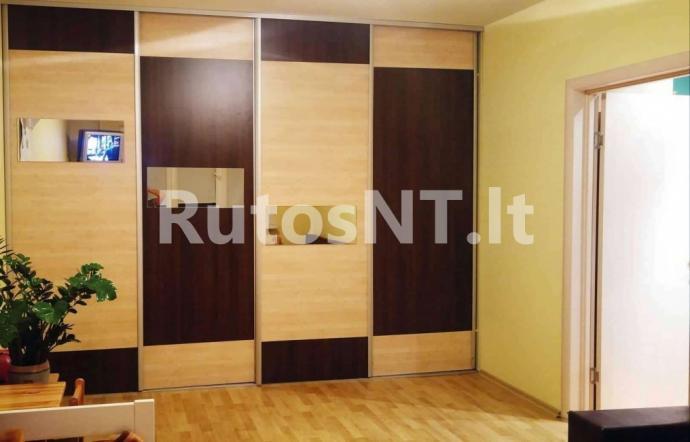 Parduodamas 2- jų kambarių su holu butas Gargžduose, Dariaus ir Girėno gatvėje-0