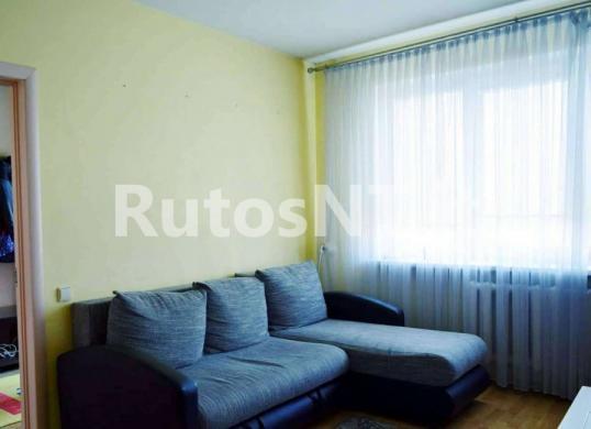 Parduodamas 2- jų kambarių su holu butas Gargžduose, Dariaus ir Girėno gatvėje-1