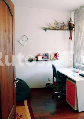 Parduodamas 2- jų kambarių su holu butas Gargžduose, Dariaus ir Girėno gatvėje-4