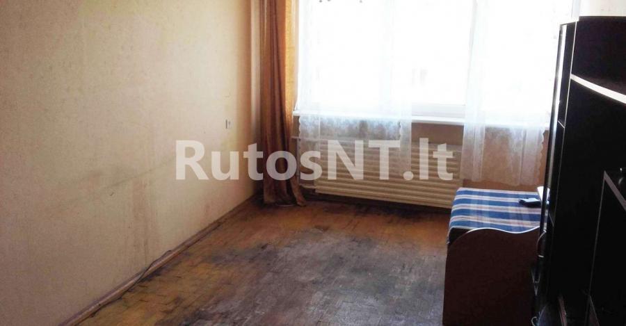 Parduodamas kambarys bloke Rambyno gatvėje-5