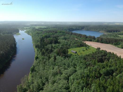 Zemes sklypas su misku 19 ha. kuris kertasi tarp upes Neris bei didelio Kario ezero -0