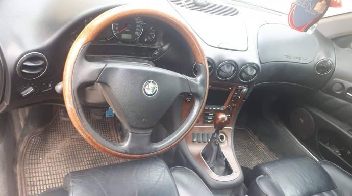 Alfa romeo 166-0