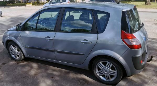 Renault scienic 2005, 132000ka 1,9 dci-1