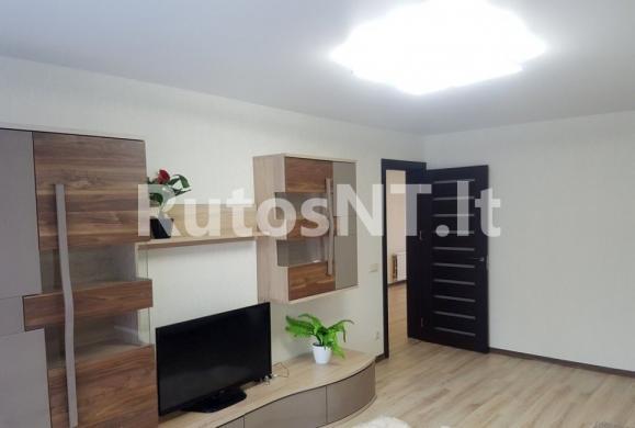 Parduodamas 2- jų kambarių su holu butas Kuncų gatvėje-0
