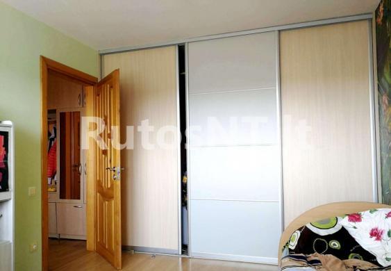 Parduodamas 3- jų kambarių butas Gargžduose, J. Janonio gatvėje-4