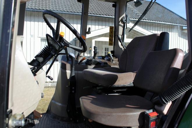 Traktorius John Deere 6620 SE , metai 2005-0
