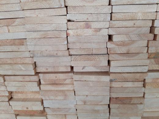 Lentos pakalimams, tvoroms, baldams  iš šiaurinės medienos-2