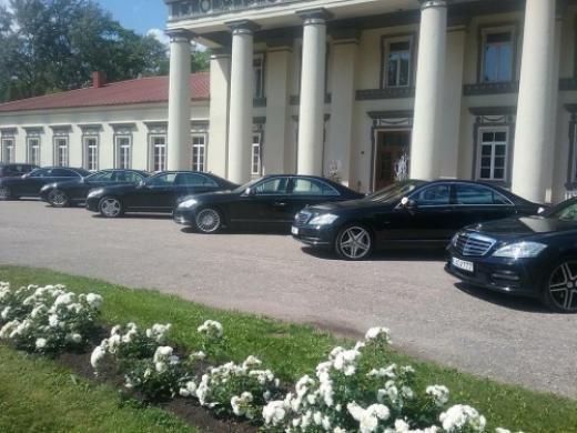 Prabangių automobilių nuoma Kaune, Vilniuje, Klaipėdoje...-0