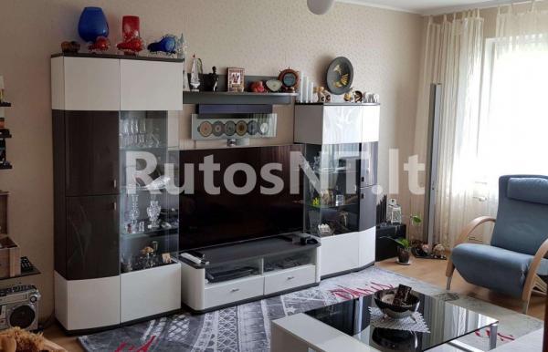 Parduodamas 2- jų kambarių su holu butas Vyturio gatvėje-3