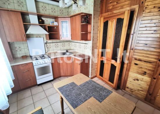 Parduodamas 3- jų kambarių su holu butas Jūrininkų prospekte-0