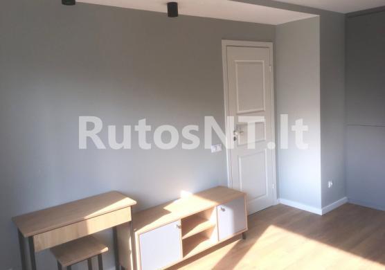 Parduodamas 2- jų kambarių butas Danės gatvėje-1