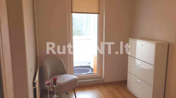 Parduodamas vieno kambario su holu butas Jūrininkų prospekte-3