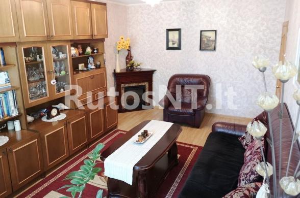 Parduodamas 3- jų kambarių su holu butas Rambyno gatvėje-3