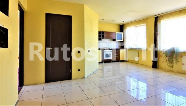 Parduodamas 3- jų kambarių butas Kretingoje, Vytauto gatvėje-1