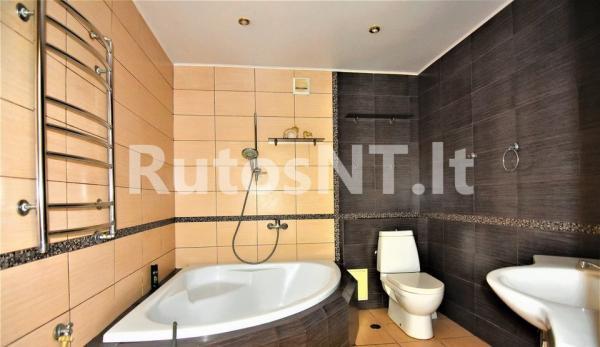 Parduodamas 3- jų kambarių butas Kretingoje, Vytauto gatvėje-4