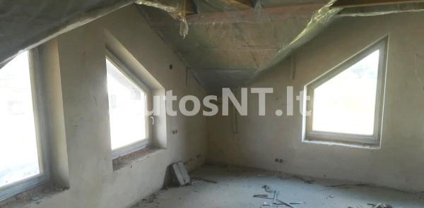 Parduodamas namas Jakuose-3