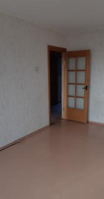 Parduodamas trijų kambarių butas-6