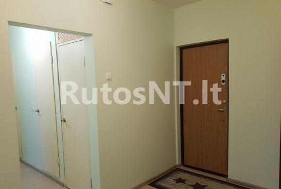 Parduodamas vieno kambario su holu butas Vyturio gatvėje-6