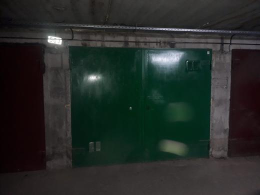 Išnuomojamas garažas-1