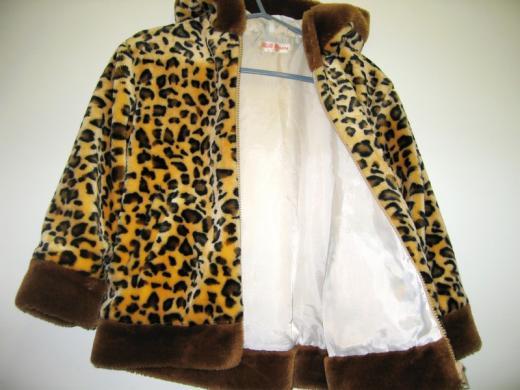 Dailus paltukas 4-5 metų mergaitei, 110 cm dydis, 10eur-2