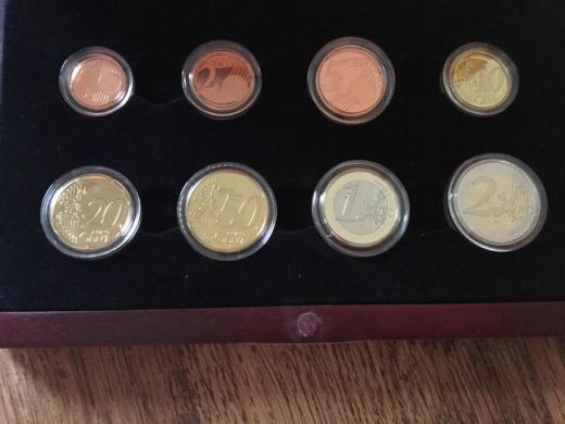 Belgija 2000 ir 2001 metų eurų rinkiniai-5
