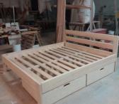 Medinės lovos-0