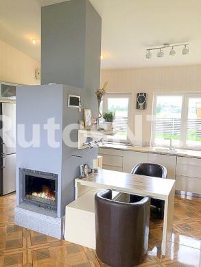 Parduodamas 2- jų kambarių butas Peskojų kaime-1