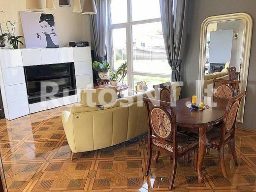 Parduodamas 2- jų kambarių butas Peskojų kaime-2