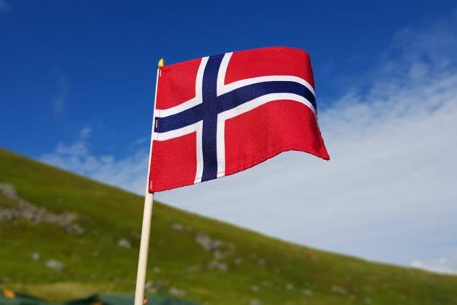 Siūlome darbą MONTUOTOJAMS Norvegijoje!-0