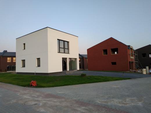 Parduodamas naujos statybos namas Klaipėdoje m. netoli centro-1