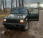 Jeep_Cherokee-0