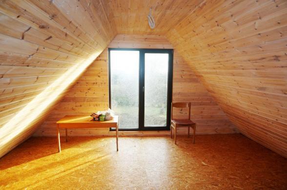 Parduodama pirtelė-namas su tvenkiniu vos 4 km nuo Anykščių, Storių k.-2
