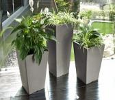 Plastikiniai vazonai gėlėms-0