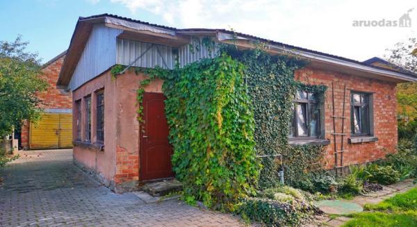 Biržų m., A. Sabaliausko g., mūrinis namas-0