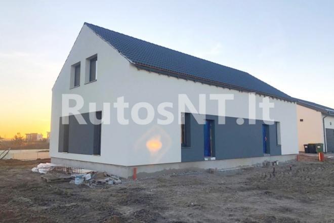 Parduodamas sublokuotas namas Radailiuose-0