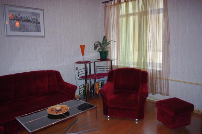 Parduodamas 2 kambarių butas Klaipėdos senamiestyje-0