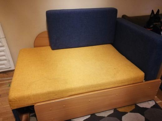 Lovos, sofos, foteliai, tvarkingi, išsiskleidžia, su daiktadezemis, tinka ir vaikams ir suaugusiems, kaina 50e.-1