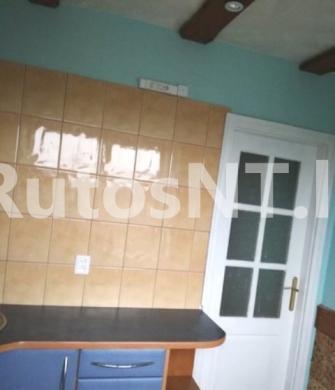 Parduodamas 2-jų kambarių butas Mokyklos gatvėje-1