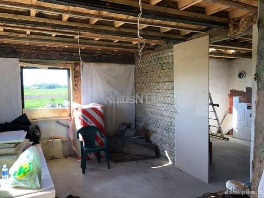 Parduodamas sublokuotas namas Maciuičių kaime-4