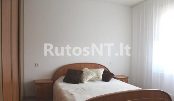 Parduodamas 4-rių kambarių su holu butas Mogiliovo gatvėje-2