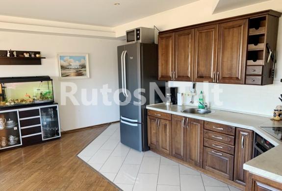 Parduodamas 3-jų kambarių butas Žolynų gatvėje-1