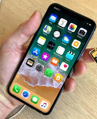 NAUJAS iPHONE X-512GB+4G+LT KALBA+DEKLAS DOVANU.-3