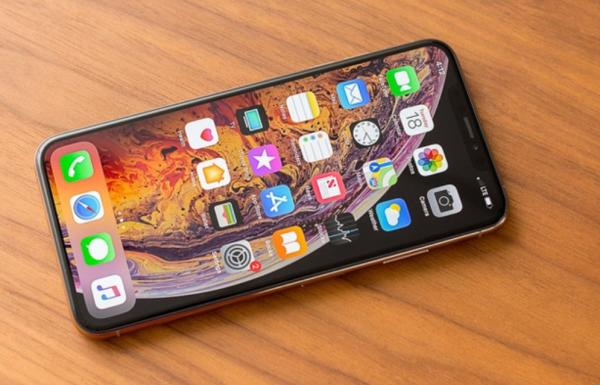 NAUJAS IPHONE XS--512GB+4G+LT KALBA+DEKLAS DOVANU-3