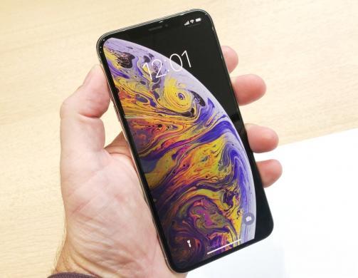 NAUJAS IPHONE XS--512GB+4G+LT KALBA+DEKLAS DOVANU-1