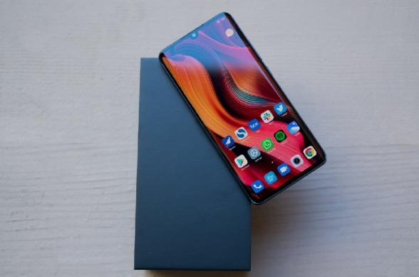 NAUJAS-XIAOMI Mi Note 10-SUPER AMOLED-512GB-GPS-4G+DEKLAS-5