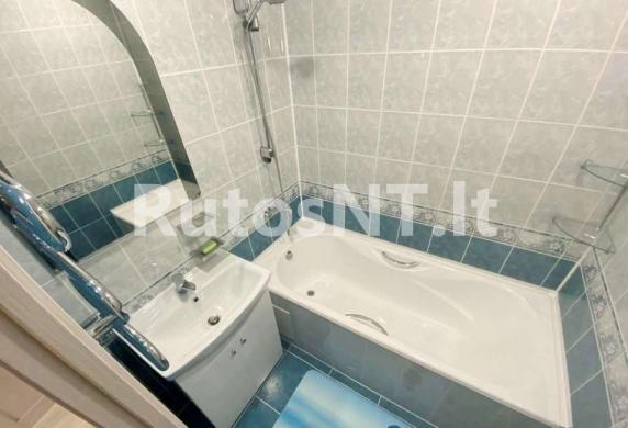 Parduodamas 2-jų kambarių su holu butas Laukininkų gatvėje-4